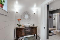 WestviewDrive Bathroom02