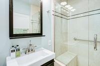 BohligRd Bathroom02