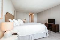NorthHarborDr Bedroom