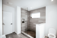 EvergreenLane Bathroom02