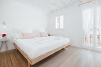 LaLonjaN4 Bedroom