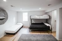 NorthHollowDrive Bedroom03