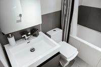 East2ndStreet Bathroom03