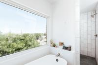 WyandotStreet Bathroom05