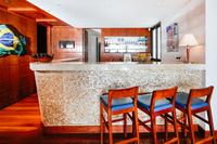 Penthouse_Copacabana_5_Suites_Pool 011