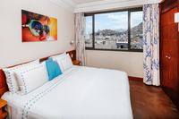 Penthouse_Copacabana_5_Suites_Pool 018