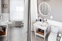FairmountAvenue Bathroom