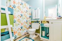 ViaDeLunaDrive Bathroom02