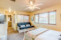 ViaDeLunaDrive Bedroom05