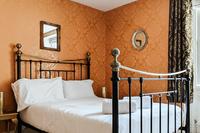 WalcotStreet Bedroom02