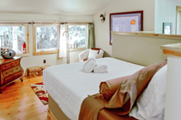 AlpineRoad Bedroomloft02