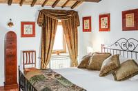 PiantoniVilla Bedroom