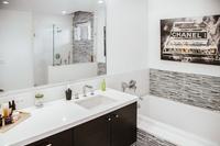 SelbyAvenueResidence Bathroom