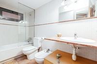 CarrerDelProgres Bathroom