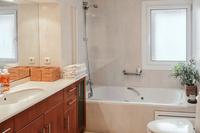 VallromanesResidence Bathroom