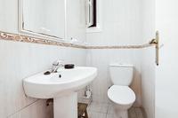CarrerdeRogerdeFlor Bathroom02
