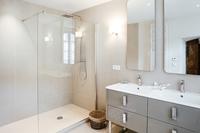 TheMayVilla Bathroom02