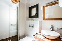 OramaVilla Bathroom02