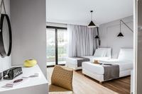 OramaVilla Bedroom03