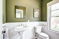 ToweeTrail Bathroom
