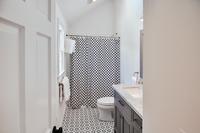 MiacometRoad Bathroom03