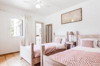 EsNovells Bedroom4