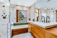 1stStreetResidence Bathroom2