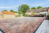 DomainedelaTour Courtyard2