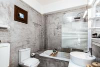 AestaResidence Bathroom