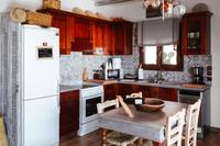 EviaFoxHouse Kitchen