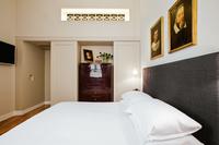 43 Vittoria Master Room