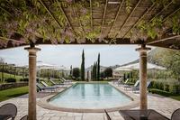 CarmineResidence Swimming pool and pergola