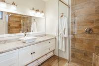 SandcastleVilla BH Bedroom 2 Bathroom 257
