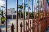 SandcastleVilla Ext gates 26