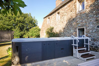 The Le Clos Residence