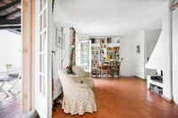 The de Guerrevielle Residence