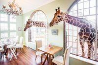 GiraffeManorDiningRoom01