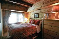 LakeArrowheadMasterBedroom01
