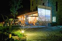 MonacheRestaurantNight01
